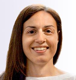 Claire de Oliveira
